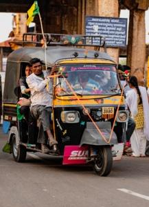 Tuk-tuk, solution de mobilité et de covoiturage locale